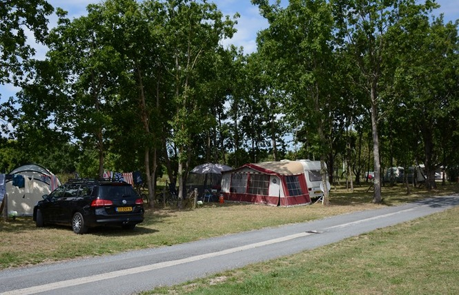Camping Lot et Bastides 5 - Pujols